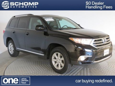 Pre-Owned 2013 Toyota Highlander Plus 4WD